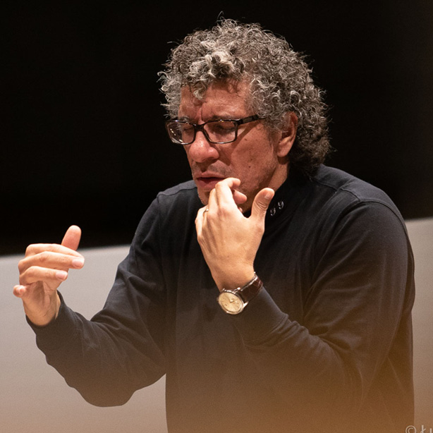 Guerrero Conducts NFM Wrocław Philharmonic 614